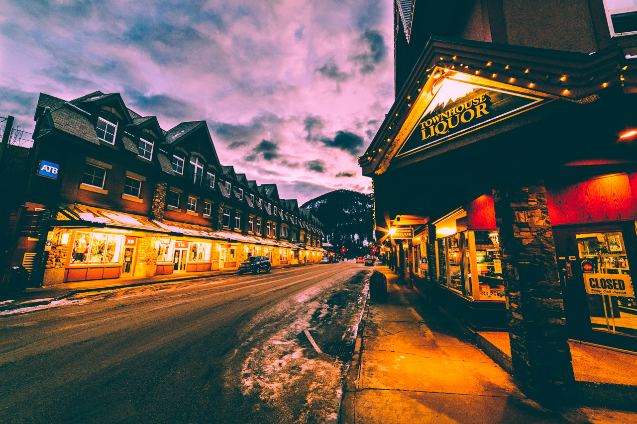 Townhouse Liquor, Bear Street, Banff, Alberta